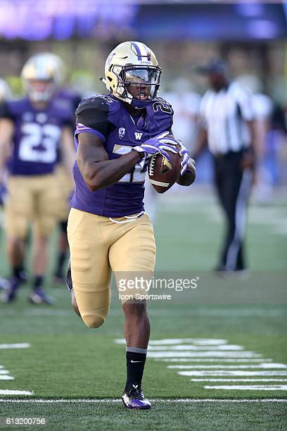 Washington's Lavon Coleman during the game against Idaho. Washington defeated Idaho at Husky Stadium in Seattle, WA.