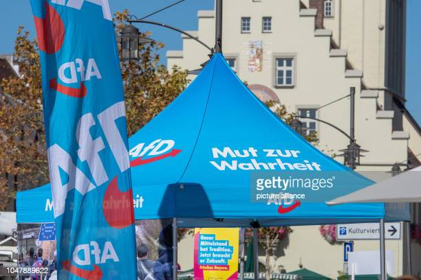 September 2018, Bavaria, Deggendorf: An AfD stand in the city centre. Photo: Armin Weigel/dpa