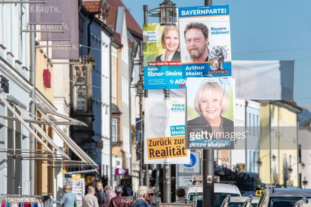 Election posters are hanging in the city center Photo Armin Weigel/dpa