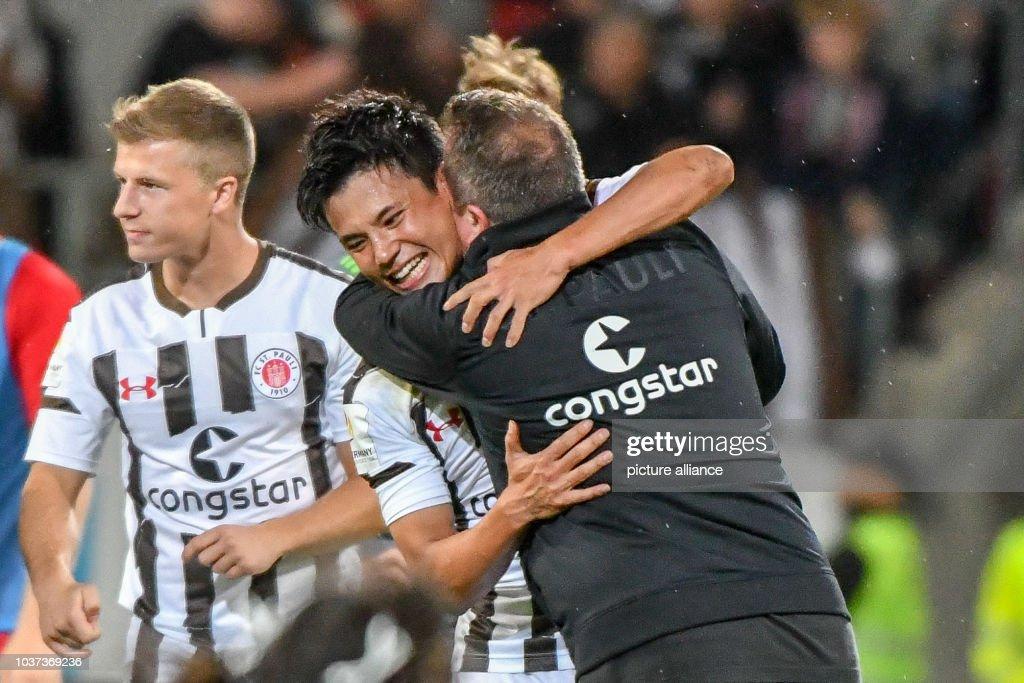 FC Ingolstadt 04 vs FC St. Pauli : News Photo