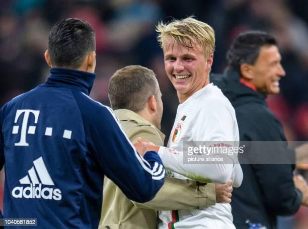 September 2018, Bavaria, München: Soccer: Bundesliga, Bayern Munich - FC Augsburg, 5th matchday in the Allianz Arena. James Rodriguez of FC Bayern...