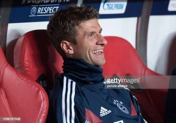 Soccer Champions League Benfica Lisbon Bayern Munich Group stage Group E Matchday 1 at Estadio da Luz Thomas Müller from Munich is sitting on the...