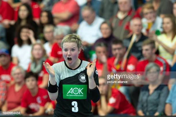 Handball women international Germany Russia in the Wiedigsburghalle Germany's Amelie Berger gestures on the pitch Photo Swen Pförtner/dpa