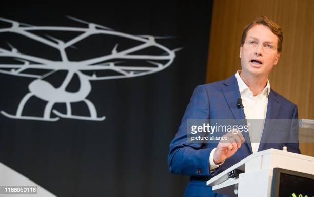 """September 2019, Baden-Wuerttemberg, Stuttgart: Under the motto """"Urban Mobility"""", Ola Källenius, Chairman of the Board of Management of Daimler AG,..."""