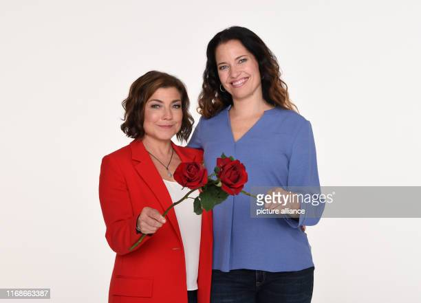 Claudia Schmutzler and Katja Frenzel actresses smile at a photo shoot for the 17th season of the ARD series Rote Rosen Photo Daniel Bockwoldt/dpa