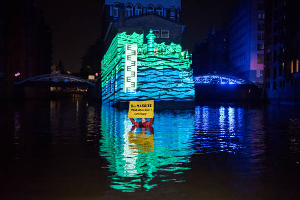 DEU: Greenpeace Campaign In The Hamburg Speicherstadt
