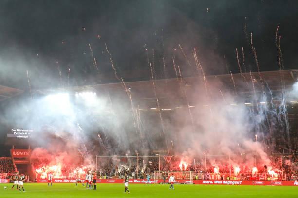 DEU: 2nd Bundesliga - FC St. Pauli - Hamburger SV