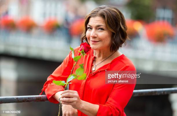 06 September 2019 Lower Saxony Lüneburg Claudia Schmutzler actress stands for a photo on the edge of filming for the ARD telenovela Rote Rosen At the...