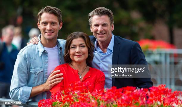 06 September 2019 Lower Saxony Lüneburg The actors Philipp Oliver Baumgarten Claudia Schmutzler and Herbert Ulrich pose on the sidelines of the...