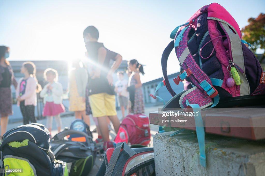 Start of school Baden-Württemberg : Nachrichtenfoto