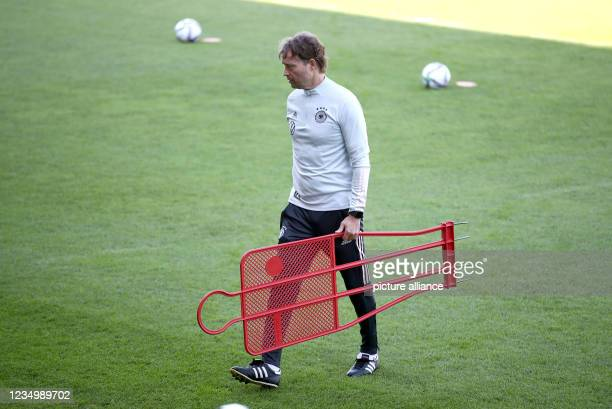 September 2021, Baden-Wuerttemberg, Stuttgart: Football, national team, training, GAZI Stadium: Marcus Sorg walks across the pitch. The national team...