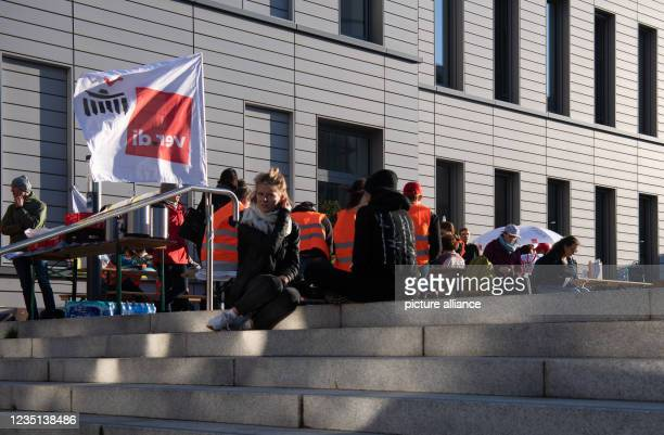 September 2021, Berlin: A flag of the trade union Verdi flies in front of the Charité's ward block- There, the employees of the state-owned Berlin...