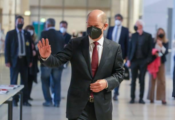 DEU: First Parliamentary Group Meetings In The German Parliament