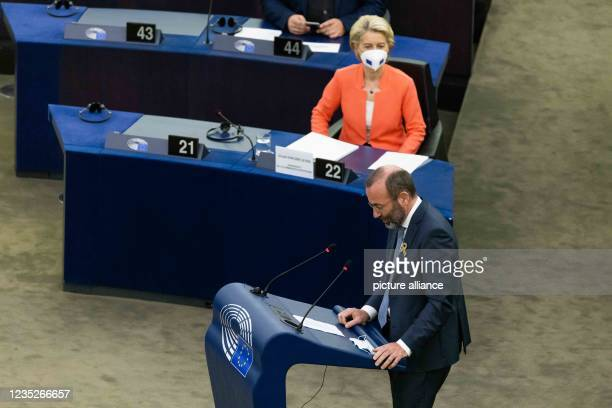 """September 2021, France, Straßburg: Manfred Weber , Member of the EPP Group, addresses MEPs during a debate on the """"State of the Union"""" while Ursula..."""