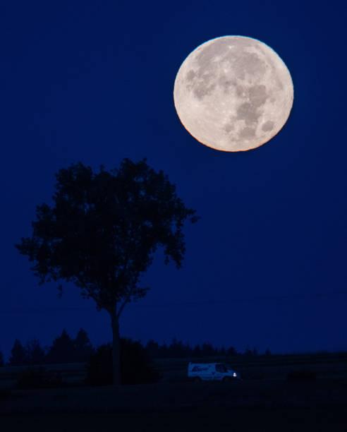 DEU: Moonset And Sunrise