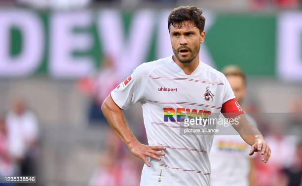 September 2021, North Rhine-Westphalia, Cologne: Football: Bundesliga, 1. FC Köln - RB Leipzig, Matchday 5, at RheinEnergieStadion. Cologne's Jonas...