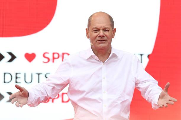 DEU: End Of The SPD Election Campaign In North Rhine-Westphalia