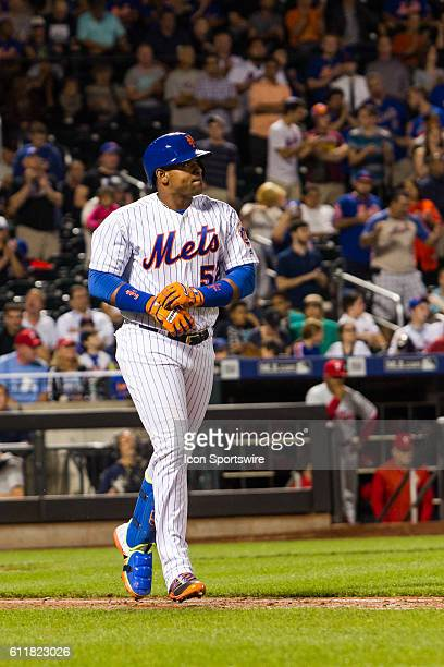 New York Mets Left field Yoenis Cespedes [6997] jogs to first base after drawing a walk in the ninth inning of a regular season game between the...