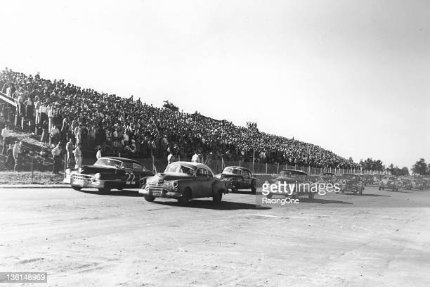 The field gets prepared for the start of the Wilkes 200 NASCAR Cup race at North Wilkesboro Speedway Fireball Roberts starts from the pole in Sam...