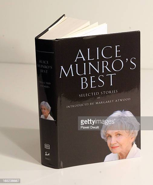 September 24 2008 Book entitled 'Alice Munro's Best' by Alice Munro Toronto Star/Pawel Dwulit