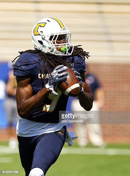 Chattanooga Mocs wide receiver Alphonso Stewart looks to pass the ball on a reverse play during the game between Samford and UT Chattanooga...