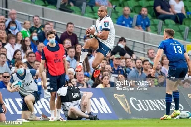 September 25: Cornal Hendricks of the Bulls takes a high kick during the Leinster V Bulls, United Rugby Championship match at Aviva Stadium on...