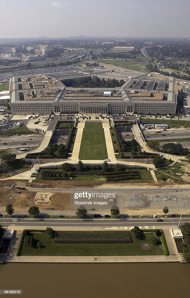 September 26, 2003 - Aerial photograph of the Pentagon with the River Parade Field in Arlington, Vir : Stock Photo