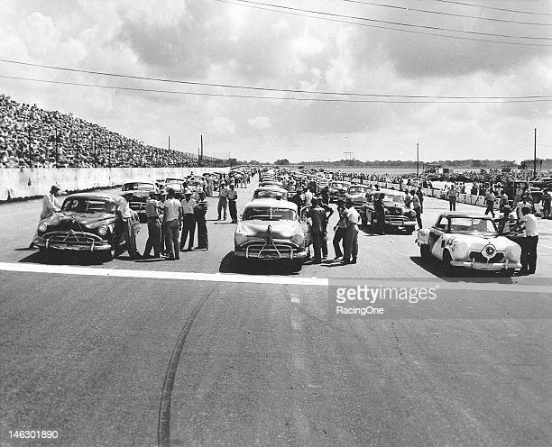 "The field gets set for the start of the Southern 500 NASCAR Cup race at Darlington Raceway Frank ""Rebel"" Mundy won the pole position driving Perry..."