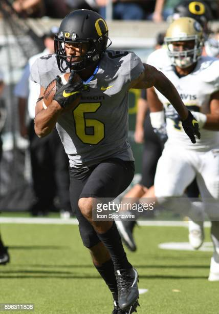 September 3 2016 University of Oregon WR Charles Nelson returns a kick during an NCAA football game between the University of Oregon Ducks and UC...