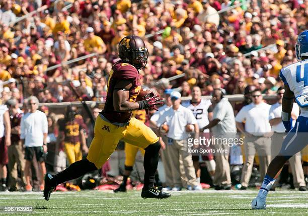 Minnesota Gopher Running Back David Cobb runs during game verses Middle Tennessee State University at TCF Bank StadiumMinneapolis Minnesota