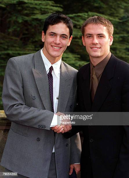 September Lilleshall England Joe Cole of West Ham United is pictured with Liverpool's Michael Owen atthe FA caps day