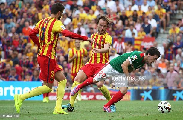 Gerard Pique Ivan Rakitic and Unai Lopez in the match between FC Barcelona and Athletic Club Bilbao for Week 3 of the SPANISH Liga BBVA played at the...