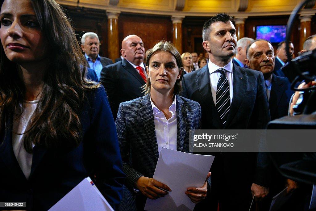 SERBIA-POLITICS-GOVERMENT : News Photo