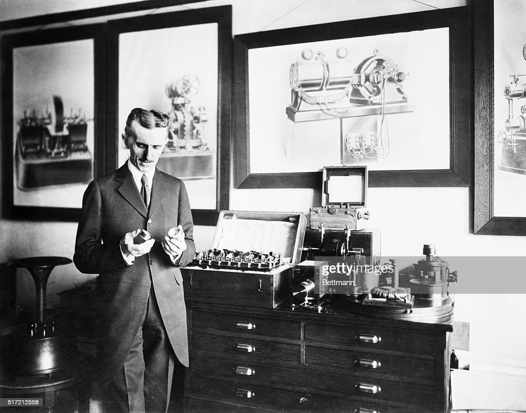 Nikola Tesla In His Laboratory : News Photo