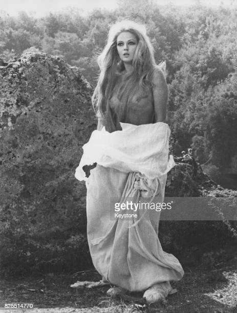 SerbianItalian actress Beba Loncar in a scene from the film 'Cerca di Capirmi' 1970