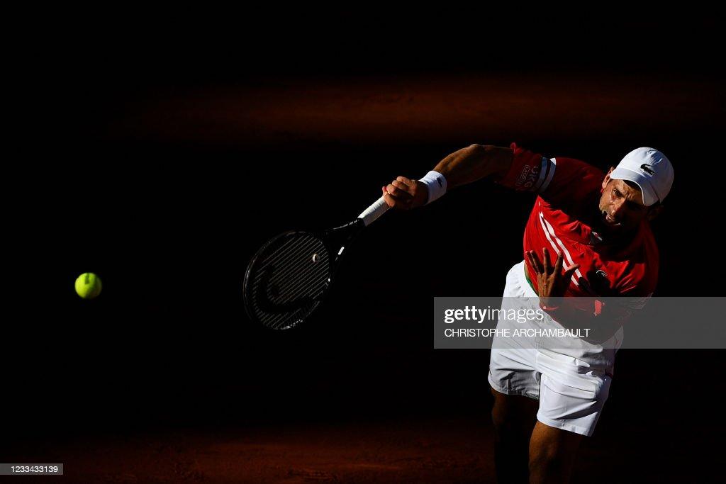 TOPSHOT-TENNIS-FRA-OPEN-MEN-FINAL : News Photo