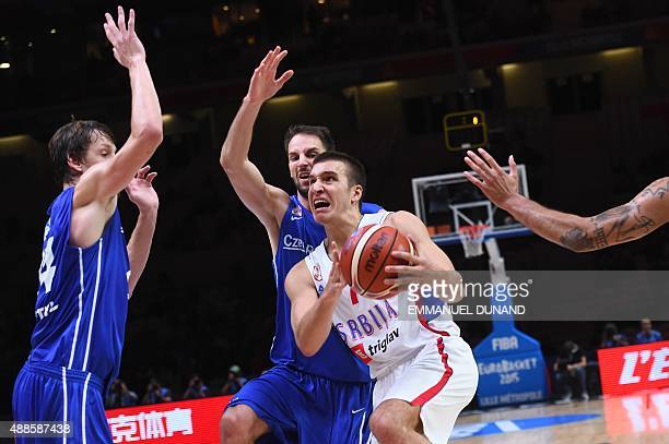 Serbia's shooting guard Bogdan Bogdanovic goes to the basket during the round of 8 basketball match between Serbia and the Czech Republic at the...