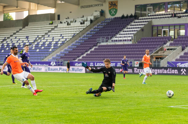 DEU: FC Erzgebirge Aue v SV Darmstadt 98 - Second Bundesliga