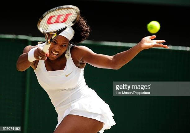 Serena Williams against Jie Zheng during the 2008 Wimbledon Championships
