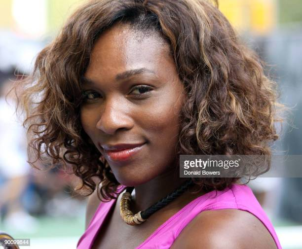 Serena Williams at the Nike tennis court challenging fans to return a pro serve on August 26 2009 in New York City
