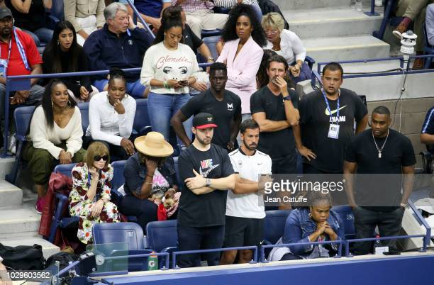 Serena Williams' box from top left sisters Lyndrea Price and Venus Williams La La Anthony Kelly Rowland below Anna Wintour mother Oracene Price...