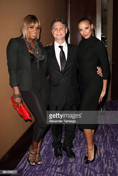 Serena Williams Jason Binn and Selita Ebanks attend Telemundo's annual gala for the Women of Tomorrow Mentor Scholarship Program at Mandarin Oriental...