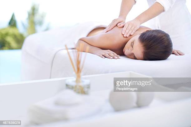 serenity at the spa - massage therapist stock pictures, royalty-free photos & images