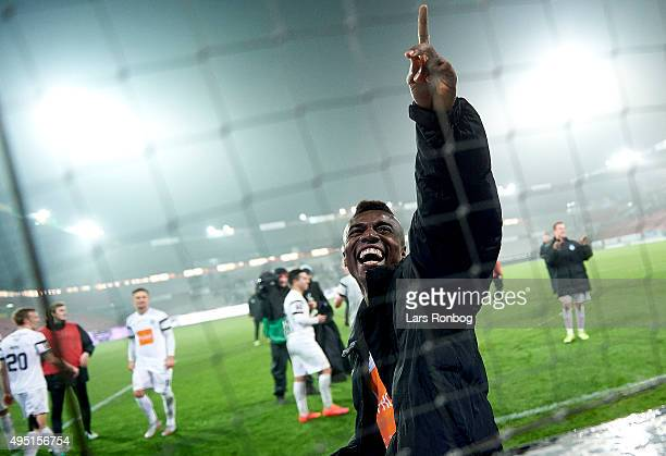 Serge Deble of Viborg FF celebrates with the fans after the Danish Alka Superliga match between FC Midtjylland and Viborg FF at MCH Arena on October...