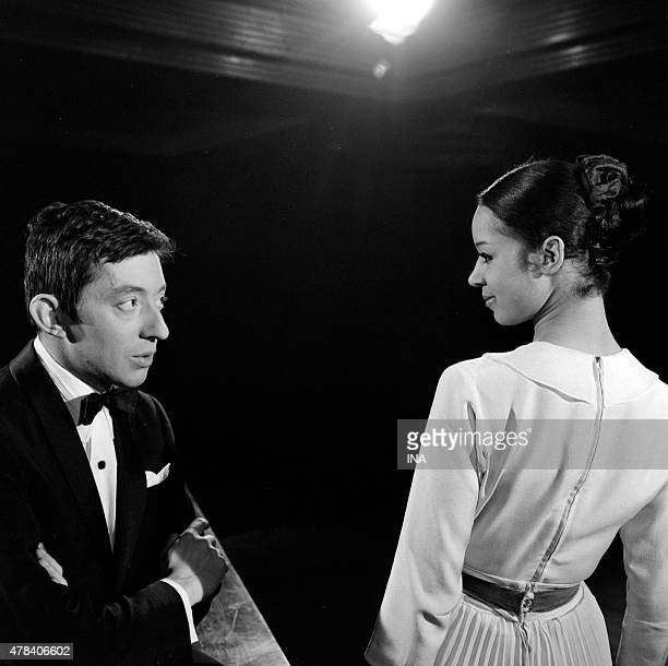Serge Gainsbourg on the set of ''Neither fig nor grape'' with a dancer