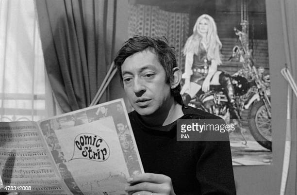 Serge Gainsbourg reading the score of his song ''Comic strip''
