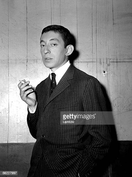 Serge Gainsbourg singer and French composersongwriter Paris theater of the Etoile in September 1959