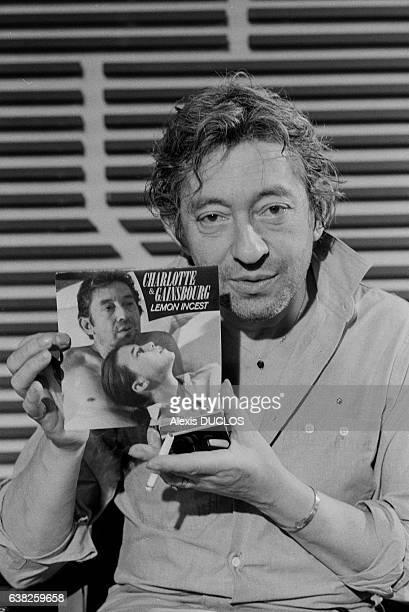 Serge Gainsbourg sur le plateau du journal de 13H de TF à Paris le 19 septembre 1985 France