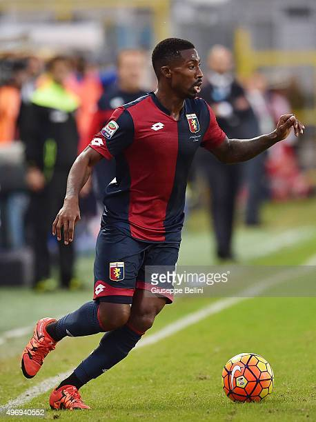 Serge Gakpe of Genoa in action during the Serie A match between Frosinone Calcio and Genoa CFC at Stadio Matusa on November 8 2015 in Frosinone Italy