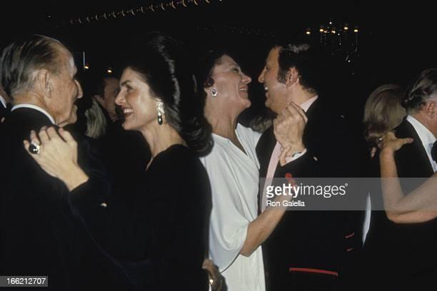 Serge Obolensky Jackie Onassis and Ron Galella attend St Regis Hotel 40th Anniversary Celebration on December 11 1975 at La Maisonette at the St...